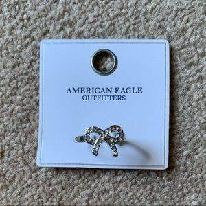 💥3/$25💥 Silver Bow AE ring